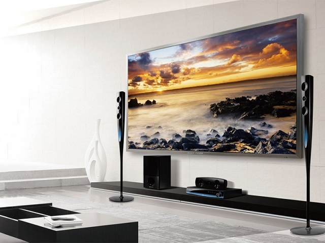"Black jaguar 4K UHD 84"" Touch display"